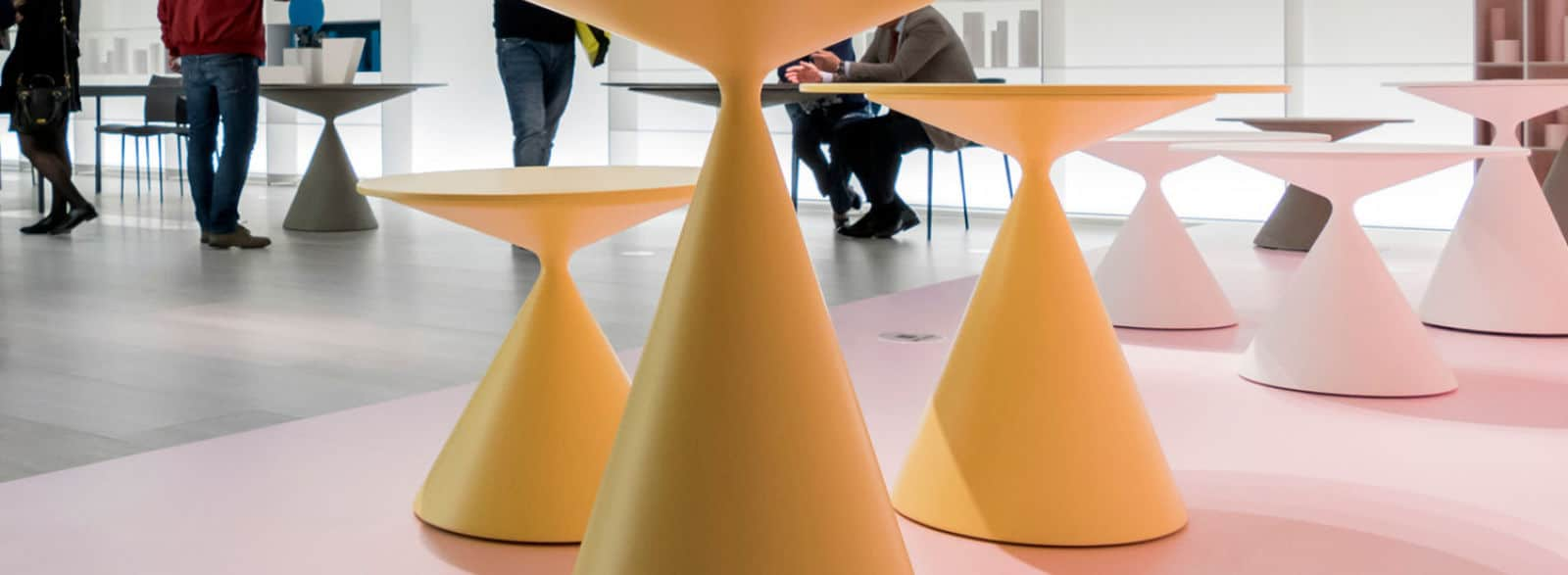 salon milan euroluce 2017 bechard sarl. Black Bedroom Furniture Sets. Home Design Ideas